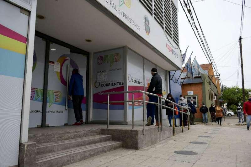 Provincia asiste económicamente a 250 vendedores ambulantes y sus familias