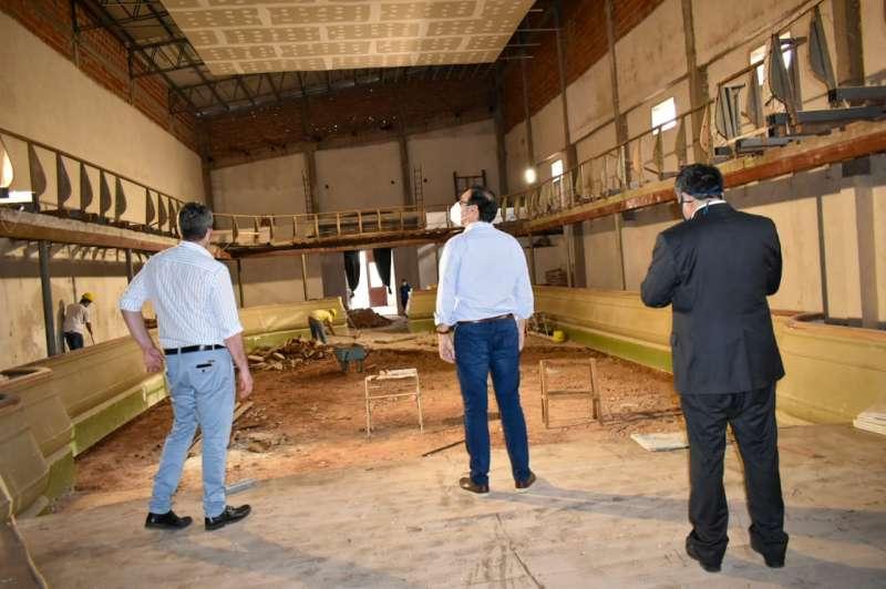 Valdés en Empedrado verificó protocolos sanitarios y recorrió obras
