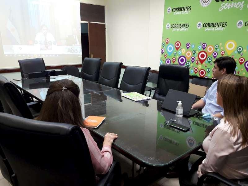 La ministra Susana Benítez participó de la reunión del Consejo Federal de Educación