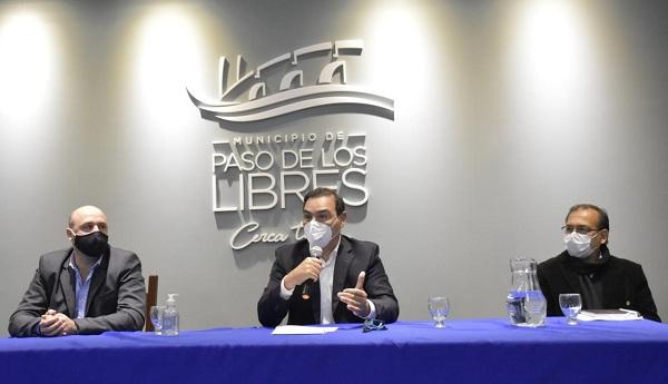 """Valdés garantizó respaldo a Paso de los Libres : """"Juntos, Provincia y Municipio saldremos adelante"""""""