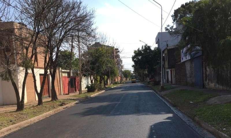 Vialidad Urbana ahora asfalta la Ex Vía desde Gutenberg a Pago Largo