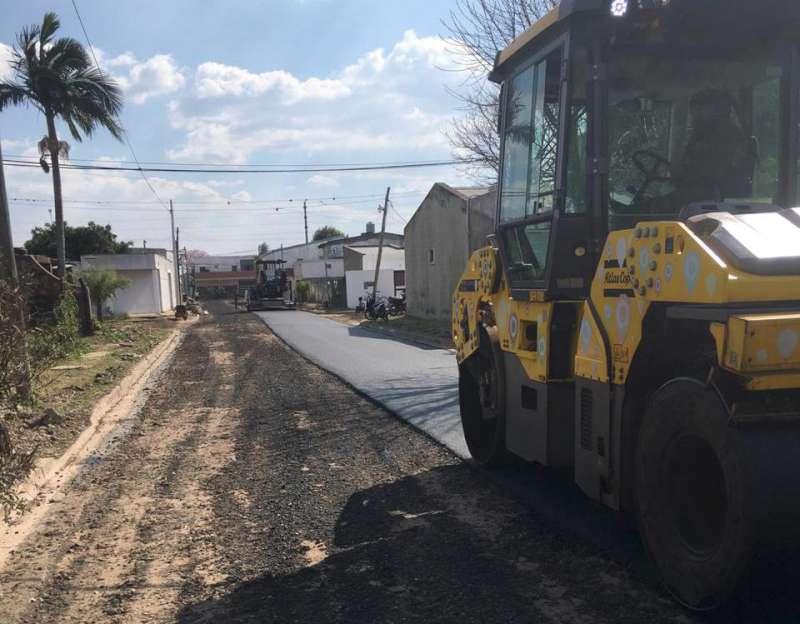 Comenzó la pavimentación de las calles del barrio Juan XXIII