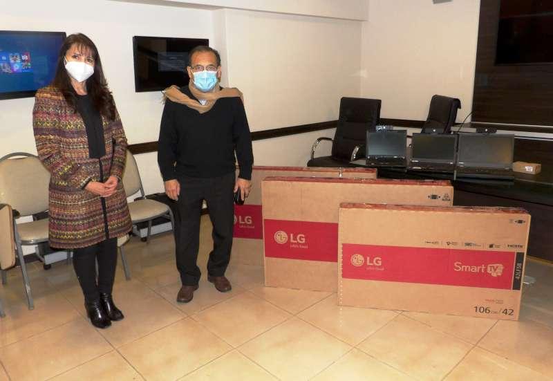 Salud recibió equipos de videoconferencias