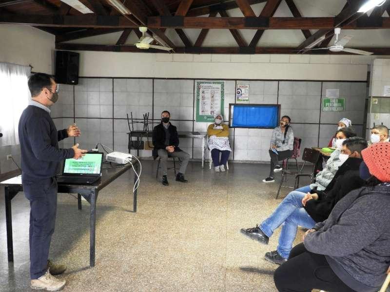 Continúa taller para reforzar la seguridad sanitaria en más de 200 comedores