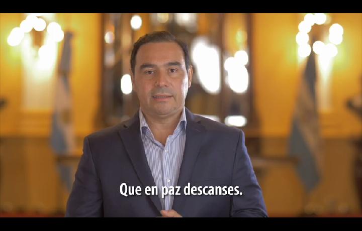 """El gobernador Valdés despidió con emoción y respeto a Ramona Galarza, """"la novia del Paraná"""""""