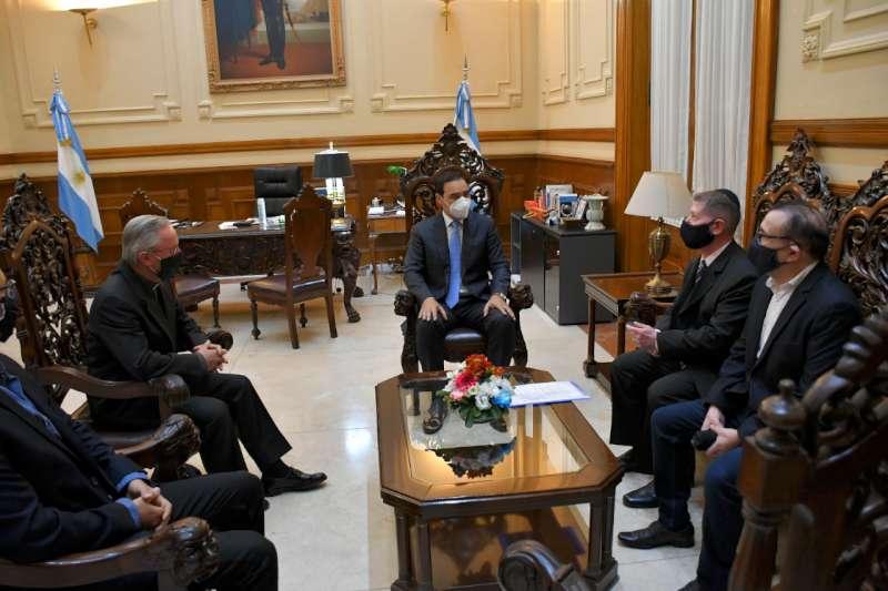 Valdés ratificó su pleno acompañamiento a las comunidades religiosas