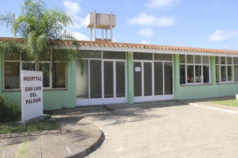 Cardozo verificó el avance de las refacciones del hospital de San Luis del Palmar