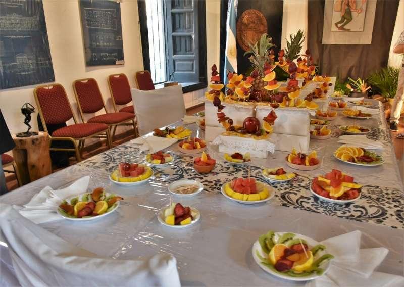 Con platos típicos y música chamamecera se recibió al Karaí octubre en Casa Molinas
