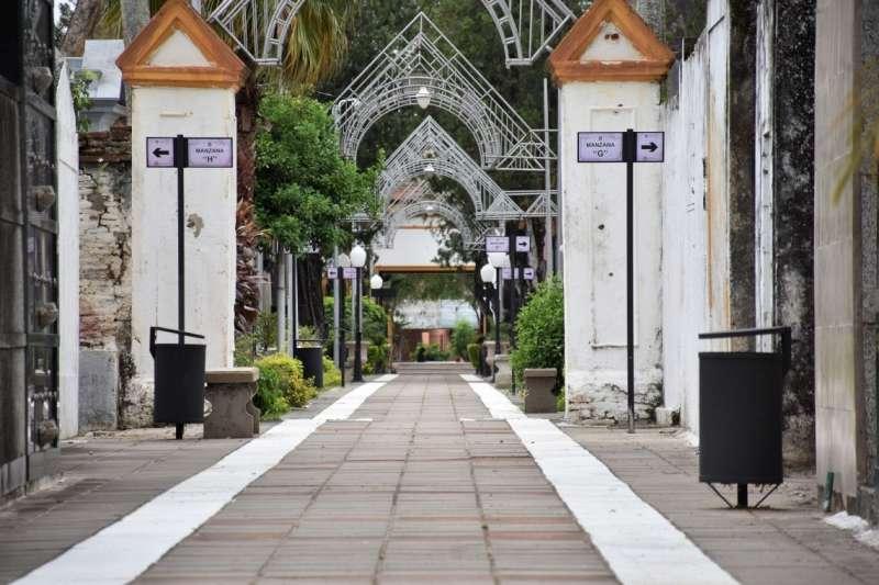 La Municipalidad amplió los turnos en los cementerios para el próximo 2 de noviembre