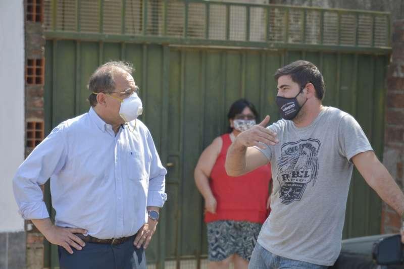 Tassano recorrió el barrio Independencia y dialogó con los vecinos