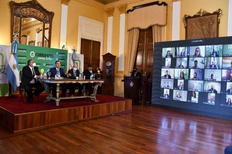 Valdés presentó Corrientes 2030 para tener «objetivos claros, definidos y consensuados por todos»