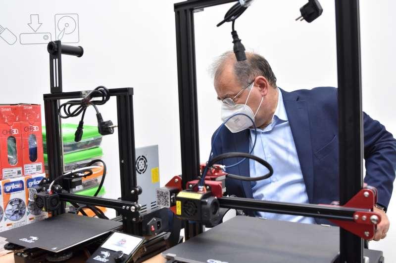 Tassano inauguró un nuevo espacio de capacitación tecnológica