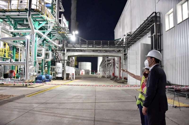 Valdés inauguró una planta de generación Energética por Biomasa, un aserradero y un centro de distribución de agro-diésel en Santa Rosa