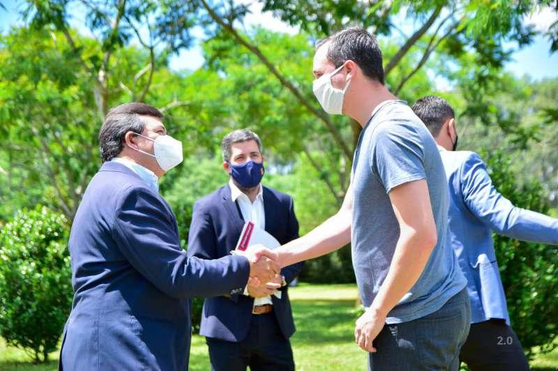 Benitez compartió en Virasoro una reunión con los representantes de ACONtimber