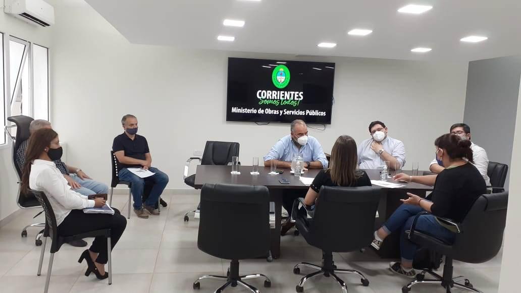 Polich junto a funcionarios nacionales analizó el proyecto urbano del barrio Dr. Montaña