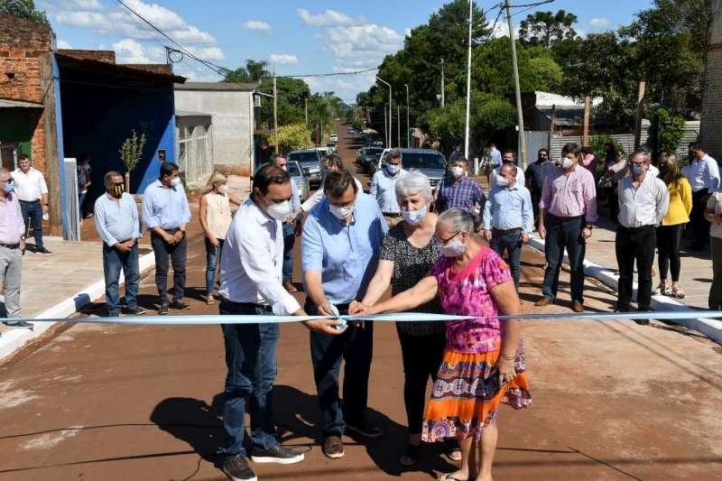 """Valdés inauguró diferentes obras para que """"Liebig sea una gran ciudad en la provincia de Corrientes"""""""