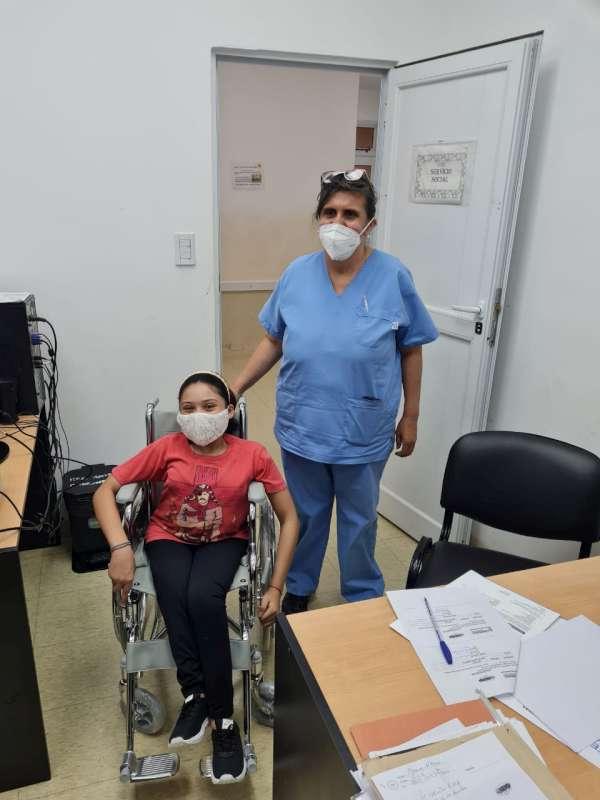 COPRODIS entregó sillas pediátricas y muletas
