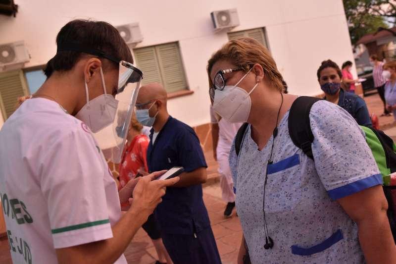 Comenzó la vacunación a los agentes sanitarios municipales