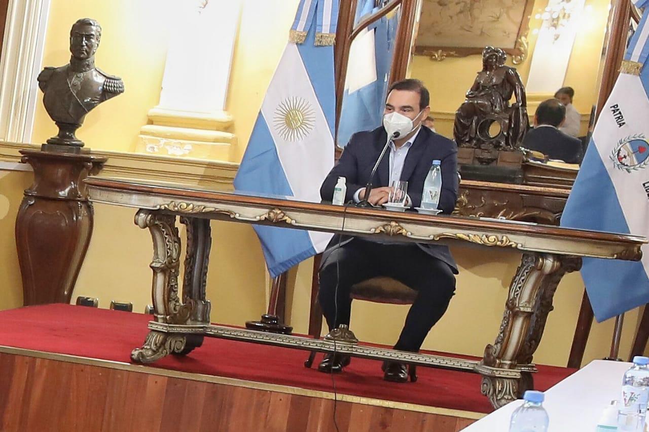 El gobernador Valdés comenzó a planificar los objetivos 2021 con su Gabinete