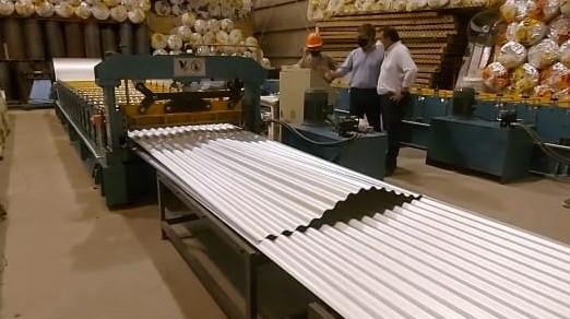 Benitez se reunió con industriales goyanos y visitó la planta de Acero y Construcciones