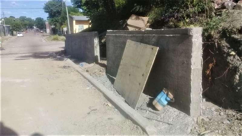 Vialidad Urbana construye un muro de contención en Estados Unidos y Rolón