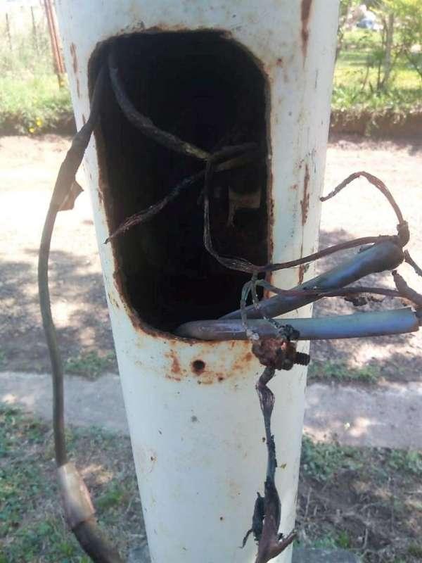 Sustracción de cables que afectan el alumbrado público