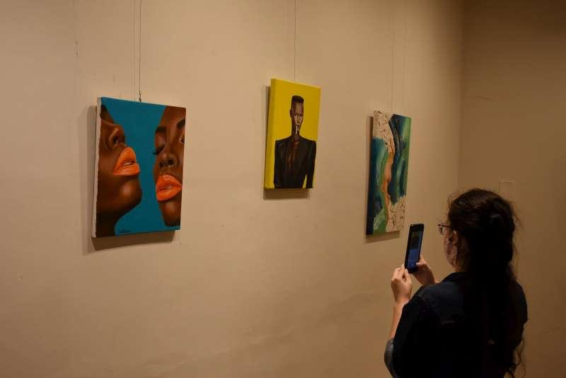 """Inauguración de la muestra """"Mujeres con piel de artistas"""""""