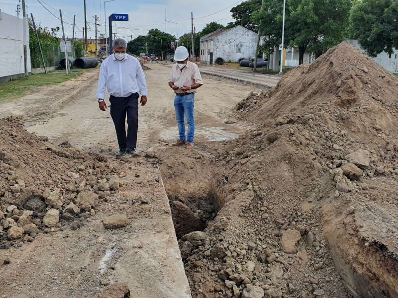 El ministro Ortega monitoreó el avance de los trabajos en la avenida Mazzanti en Goya