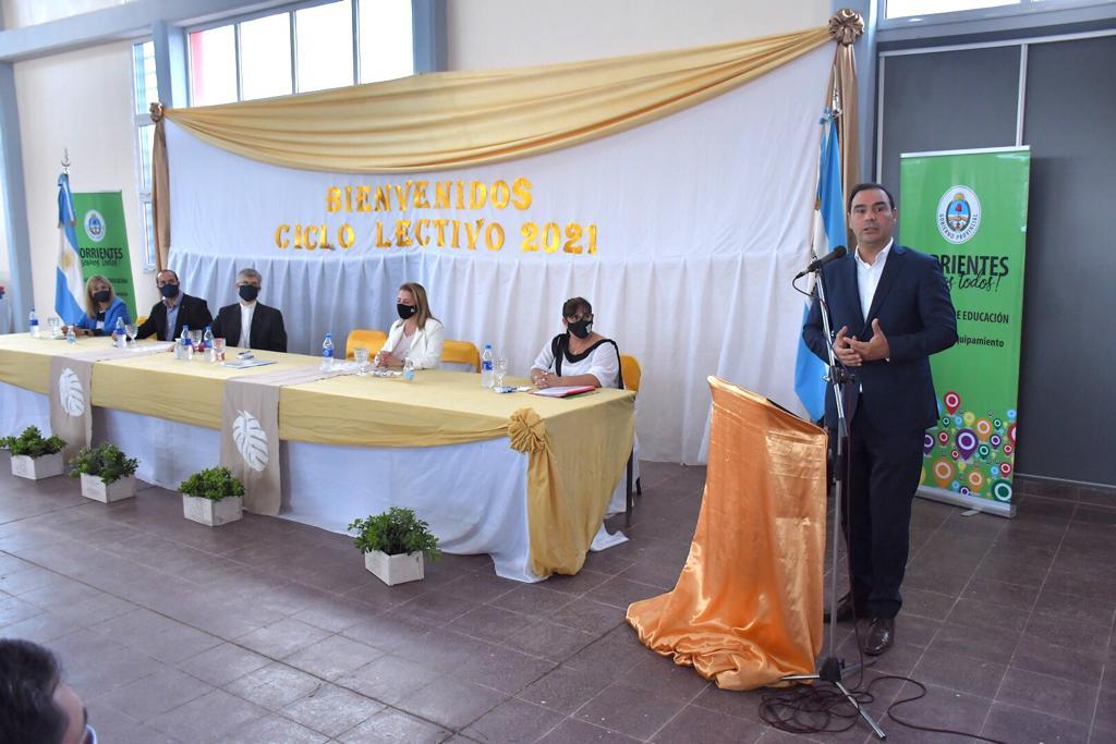 Valdés inauguró el edificio de la Escuela Secundaria Sargento Cabral, en pos de mayor inclusión y oportunidades para adolescentes y adultos