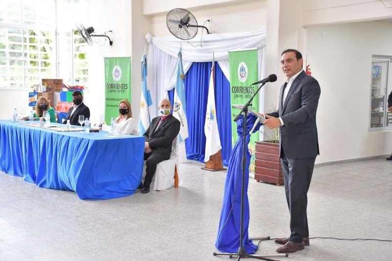 Valdés inauguró refacciones en una Escuela Técnica, un nuevo Jardín y entregó bienes de capital en Ituzaingó