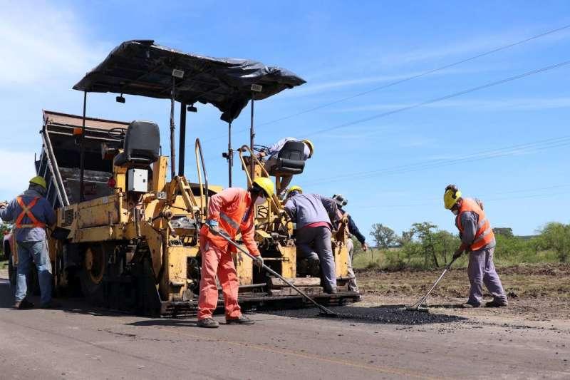 Comenzaron los trabajos de repavimentación en la ruta 126