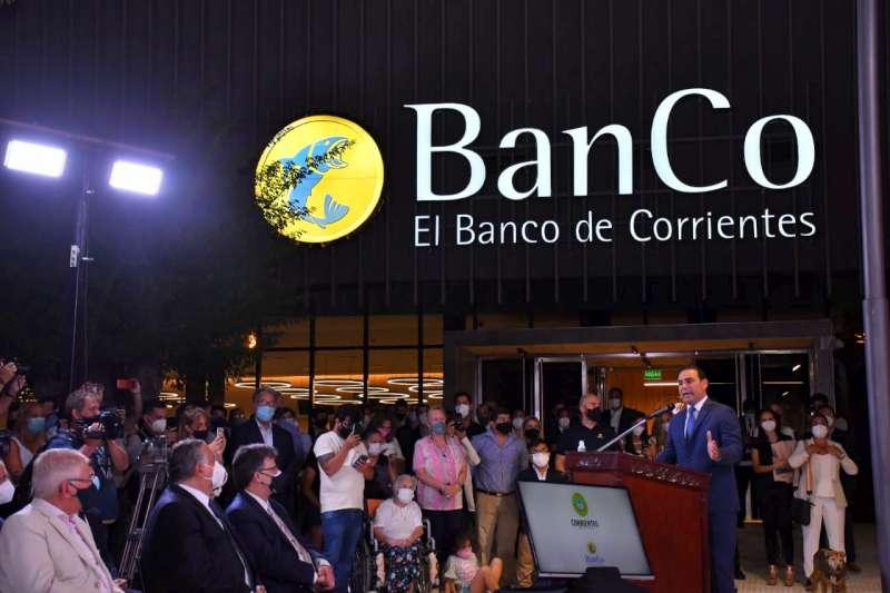 Valdés presentó la nueva sede del Banco de Corrientes como un avance en la modernización del Estado provincial