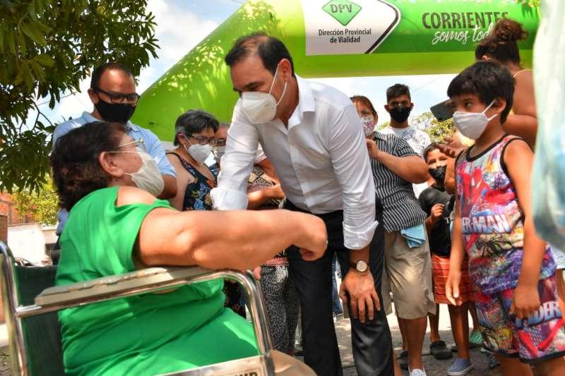 Al inaugurar 34 cuadras de pavimento, Valdés destacó la capacidad de trabajo del Estado provincial