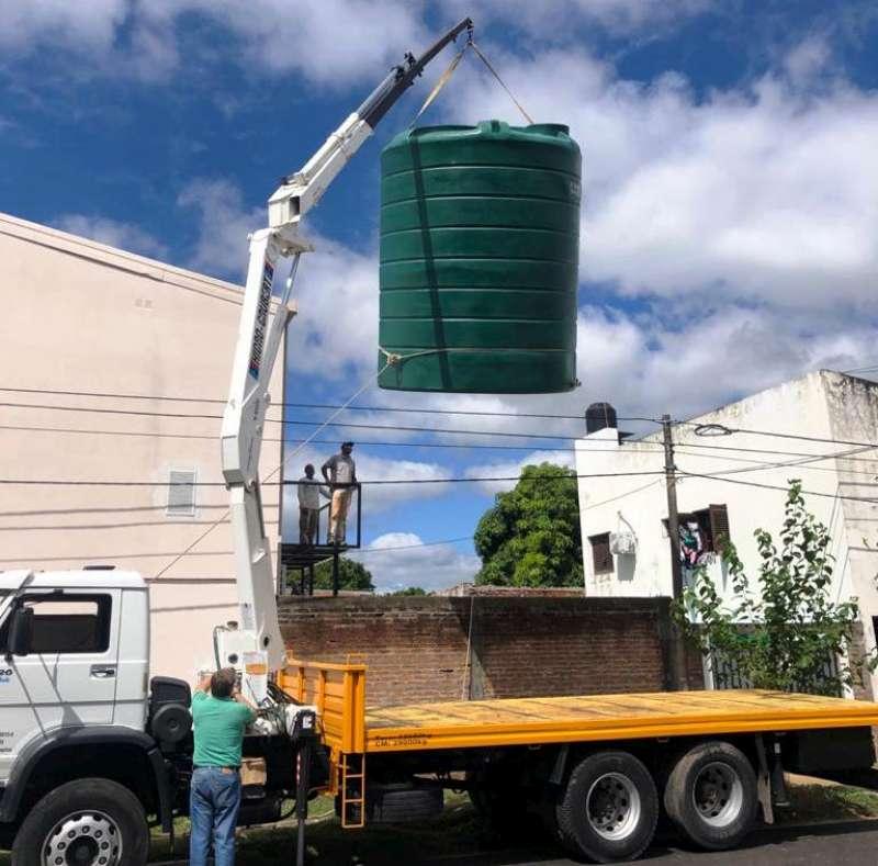 Salud instala cisterna de 23.000 litros de agua potable en el hospital Materno Neonatal