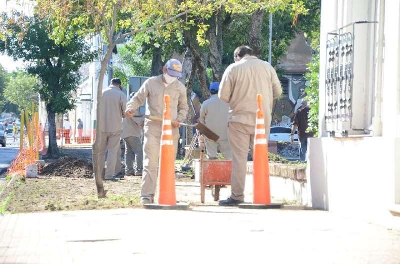 Se realizan trabajos integrales y de recuperación en el parque Cambá Cuá