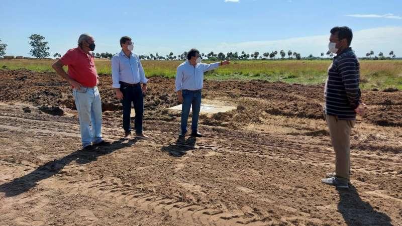 Schiavi constató avances de la obra de adecuación hidráulica en el Parque Forestoindustrial Santa Rosa