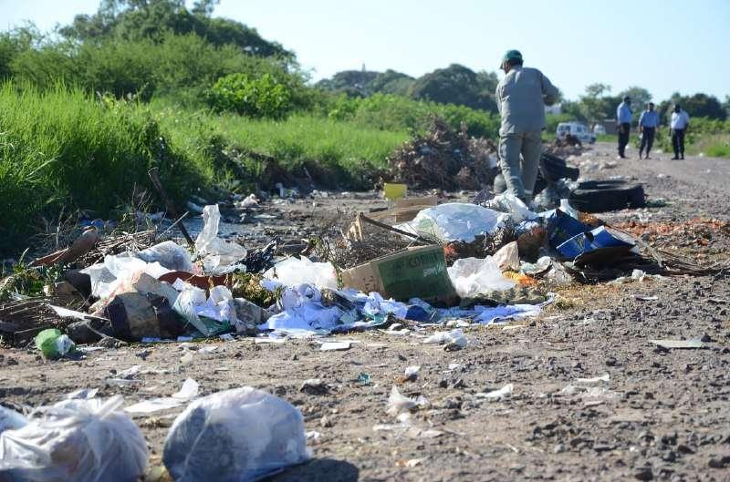 La Municipalidad realizó tareas de limpieza en un basural del barrio Hipódromo