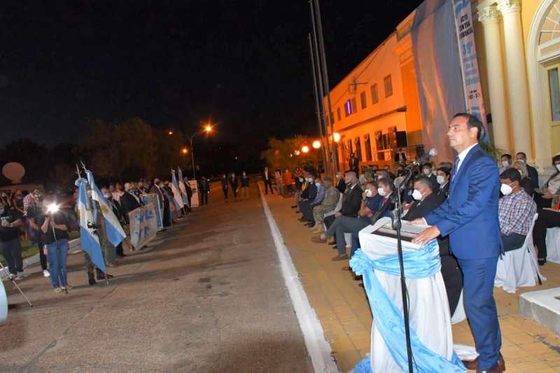 """Malvinas: a 39 años de la Gesta, Valdés llamó a la unidad de los correntinos """"para el futuro de las nuevas generaciones"""""""