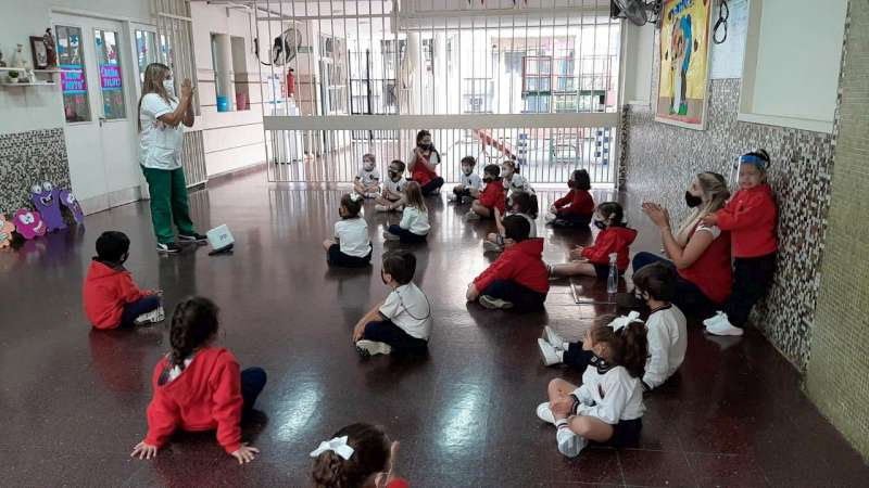 Salud continúa con la prevención de Covid-19 en establecimientos escolares