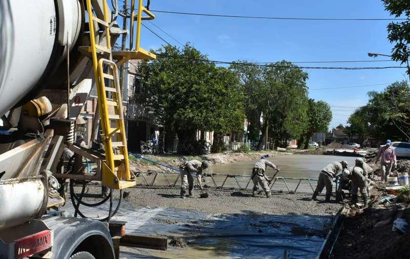 La pavimentación de calle Lavalle de Chacabuco a Niño Jesús está en su tramo final