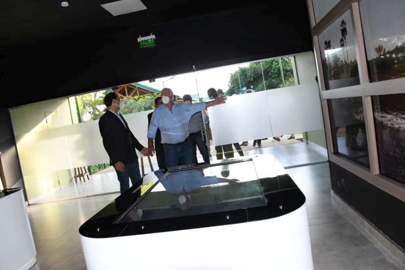 Con la firma de distintos convenios, Valdés apuntala el potencial turístico de Carlos Pellegrini