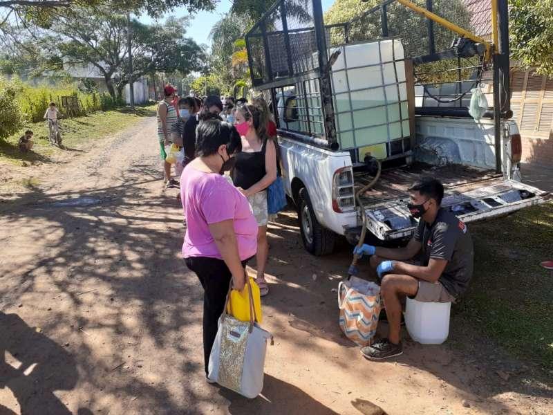 Desarrollo Social entrega lavandina y barbijos en los Bº Guadalupe y San Roque Oeste