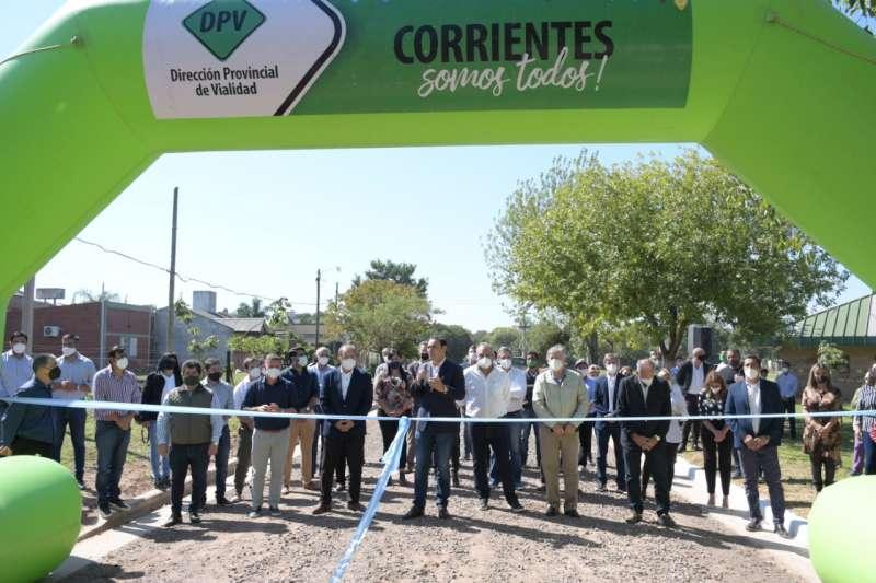 Valdés inauguró cordón cuneta y ripio en los barrios San Gerónimo y Universitario y ratificó el compromiso Provincia y Municipio