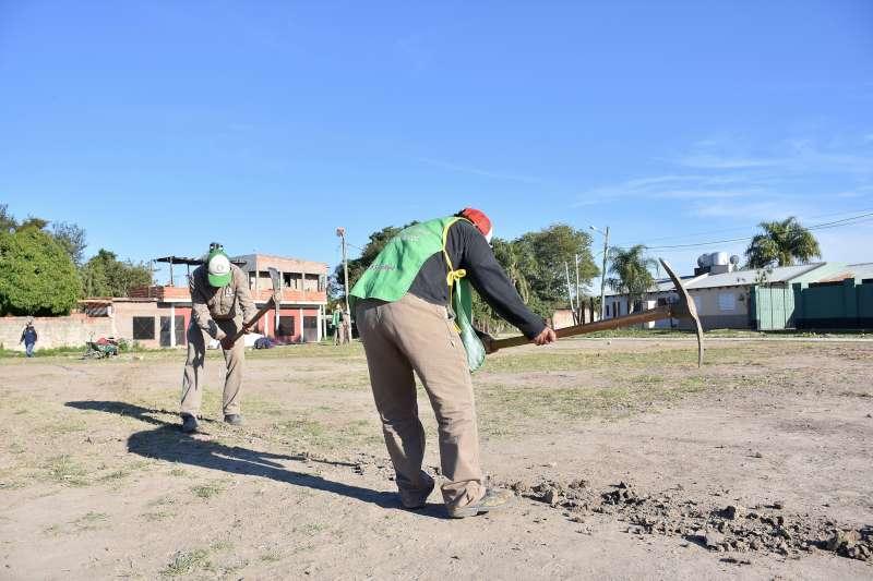 """Tassano, en el San Roque Este: """"Nos comprometimos a construir una nueva plaza y lo estamos cumpliendo"""""""