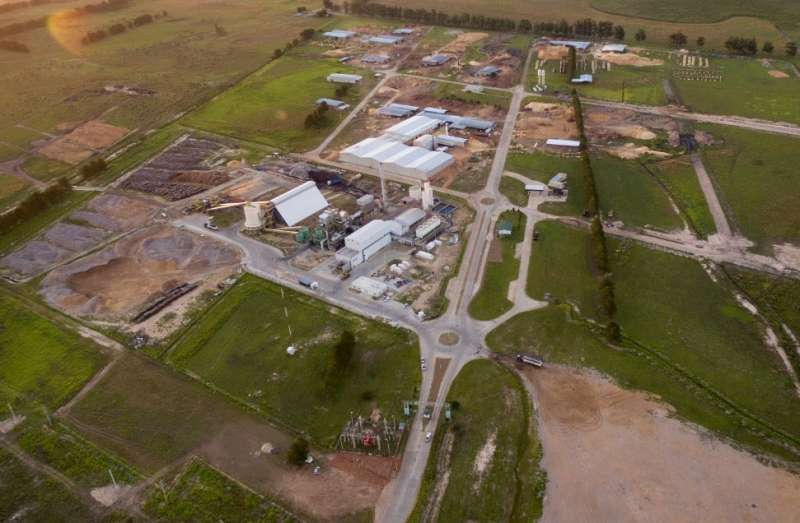 Valdés resaltó la construcción de los parques industriales como motores para transformar la provincia