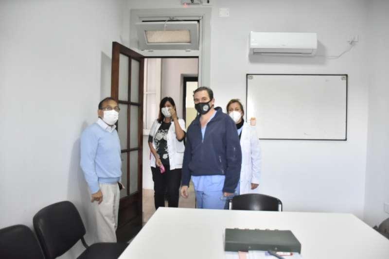 Cardozo verificó obras en el Vidal y recorrió centro de testeo