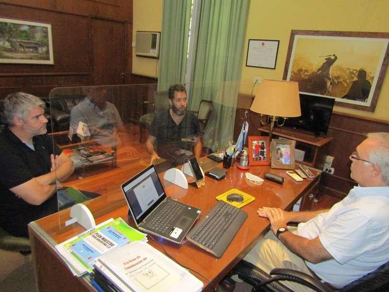 Proyecto Cannabis Medicinal. El ministro Anselmo recibió a miembros de ACCIM