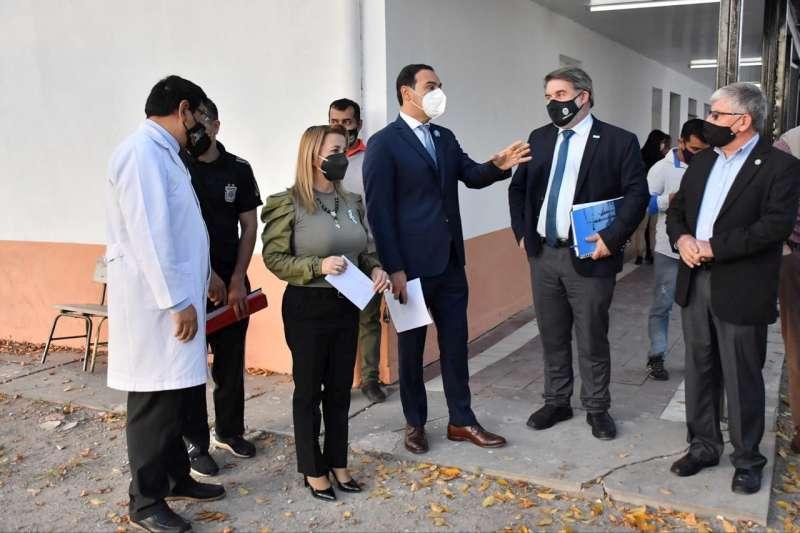En San Lorenzo, Valdés inauguró obras educativas y urbanas que brindan oportunidades y mejor calidad de vida