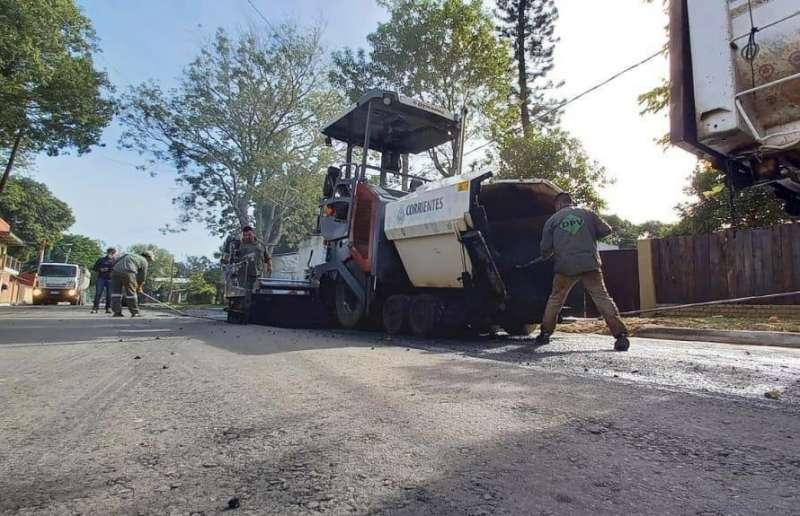 Avanza pavimentación estratégica para mejorar la transitabilidad en San Cosme