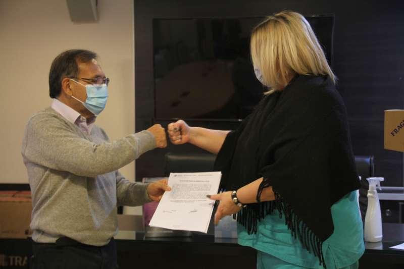 Cardozo entregó equipamiento para el fortalecimiento de la atención primaria en San Cosme